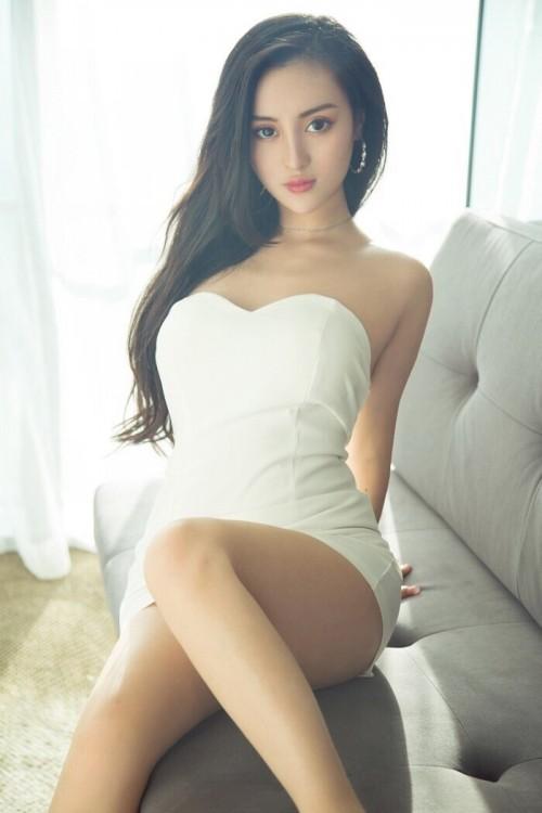 清新靓丽美女模特耀眼美姿写真高清组图15p