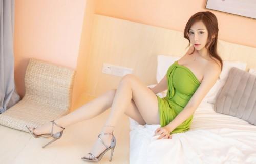 粉嫩童颜巨乳学生妹UU酱白皙巨乳丝滑可口37p