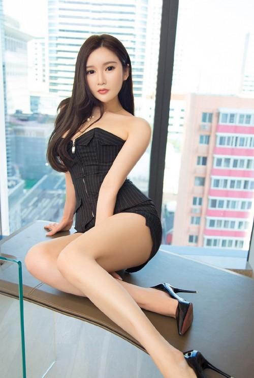 清秀丽人可爱MM清纯学生制服写真10p