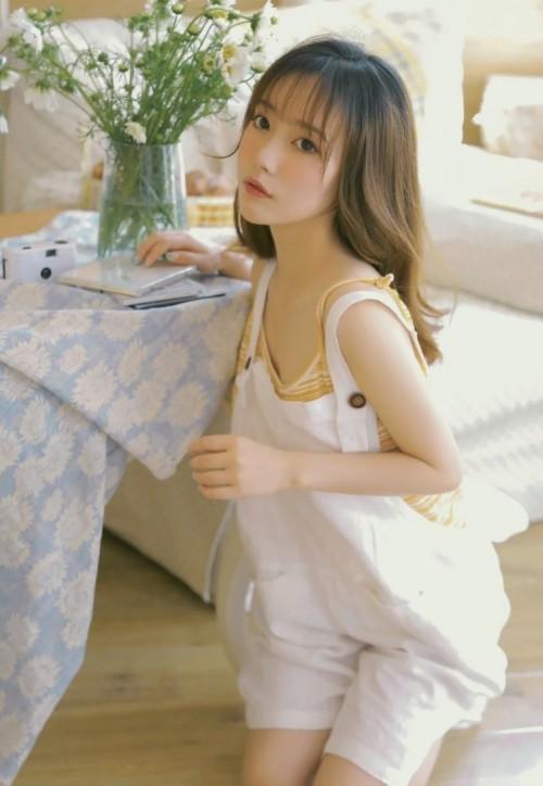 风骚耀眼性感女神SOLO尹菲SM皮鞭捆绑大尺度诱惑写真37p