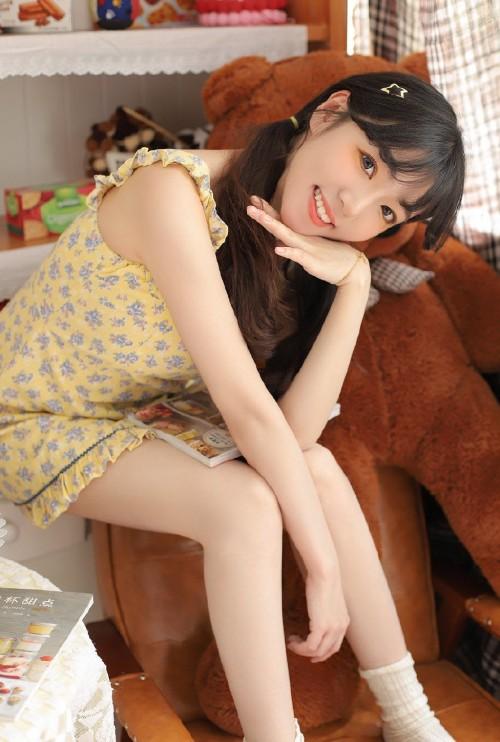 可爱白皙小猫女代言Pad小俊俏清纯写真11p