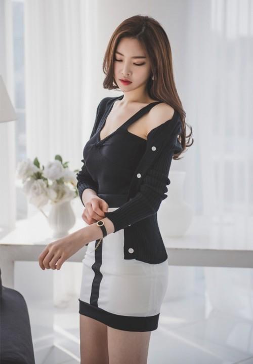 中国内地巨乳美女戴予桐娇小可人美照6p