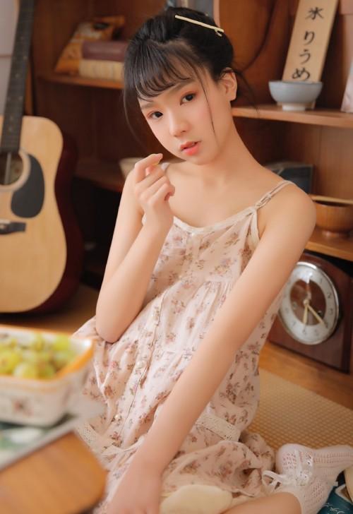 梦幻迷人萝莉MM子纯儿Annie清纯靓丽写真20p
