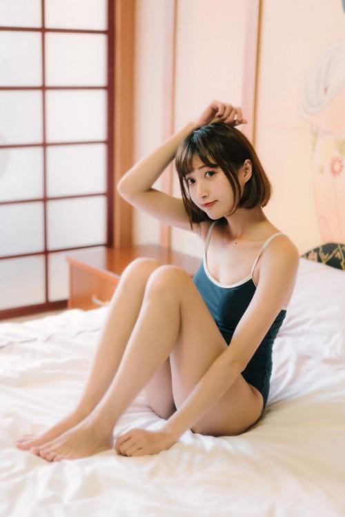 绝色魅力女神妲己_Toxic女仆装白皙巨乳饰美女人体43p