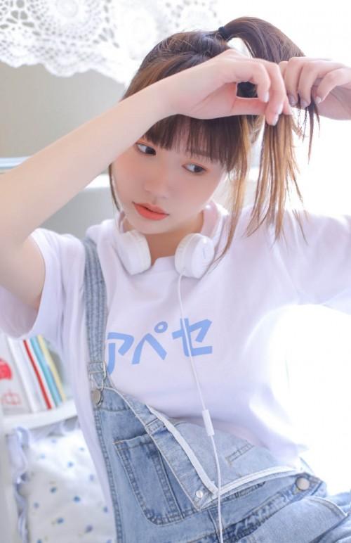 娇俏清纯美女绮里嘉白皙动人脸蛋不忘露纹身16p