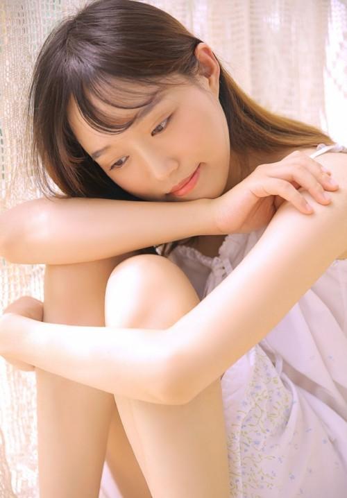 粉嫩雪白肌肤美少女妹子朵比三亚多套比基尼写真23p