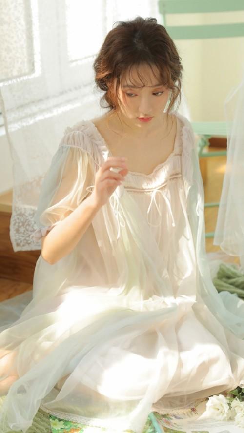 颜值高尚美人儿仙妮宝贝纤腰柔软完美曲线唯美写真56p