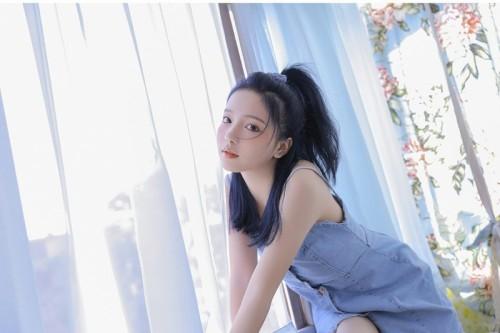 梦幻般青春的魅力女孩梦楠诱人唯美写真9p