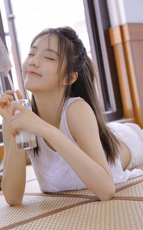 清新白皙校园玉女陈大榕学生装清纯写真照16p