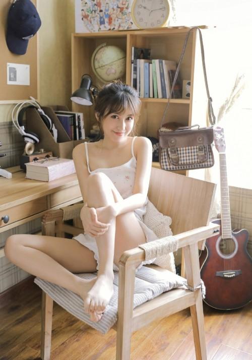 乖巧女仆傲娇萌萌香弹巨乳制服诱惑42p