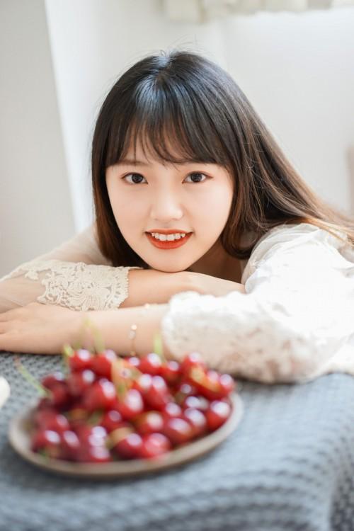 女神风范女艺人范诗琪红色高跟鞋性感写真6p