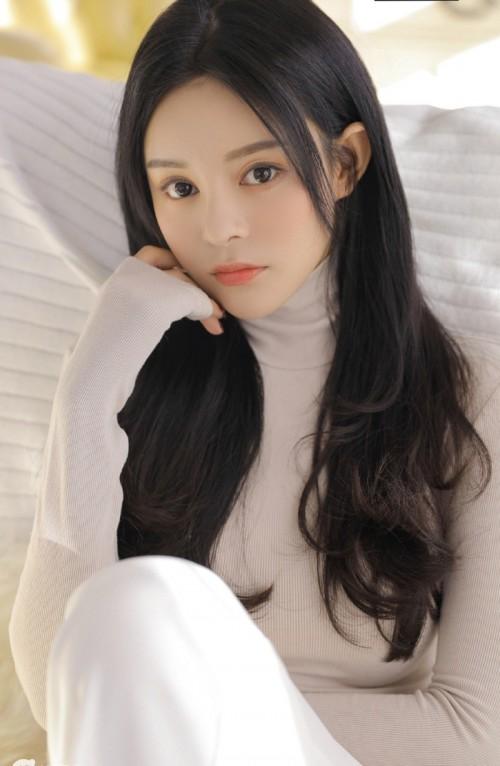 清纯迷人美女梦幻婚纱高清摄影唯美写真9p