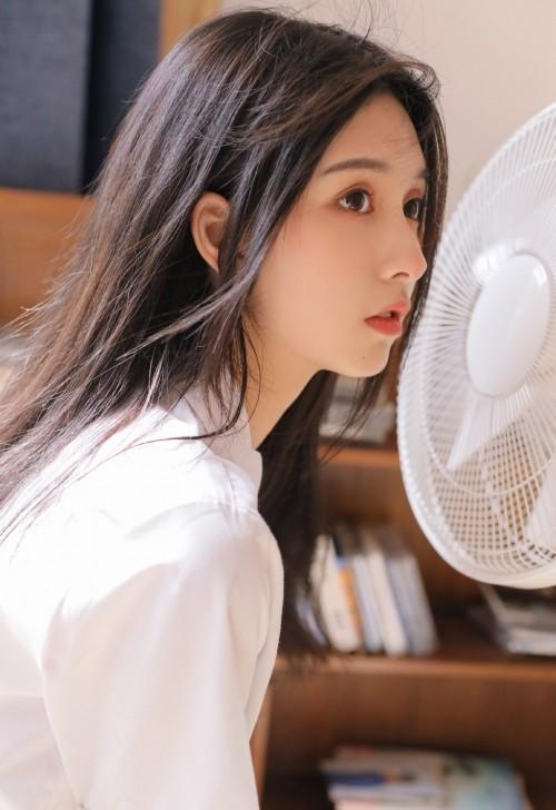 童颜S字型身躯美女模特唐思琪透视装内衣激情诱惑私房写真41p