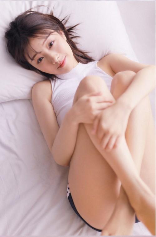 芊芊玉女周于希透明蕾丝撅臀暗示58p