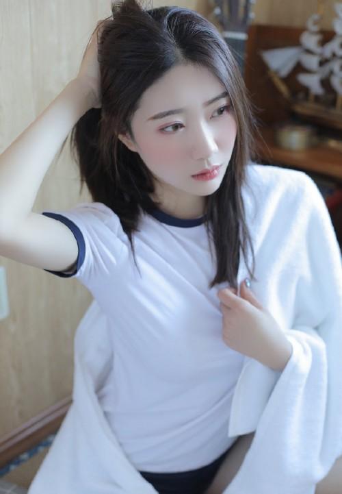 可爱纯白妹子赵小米青涩甜美马尾长发清纯迷人49p