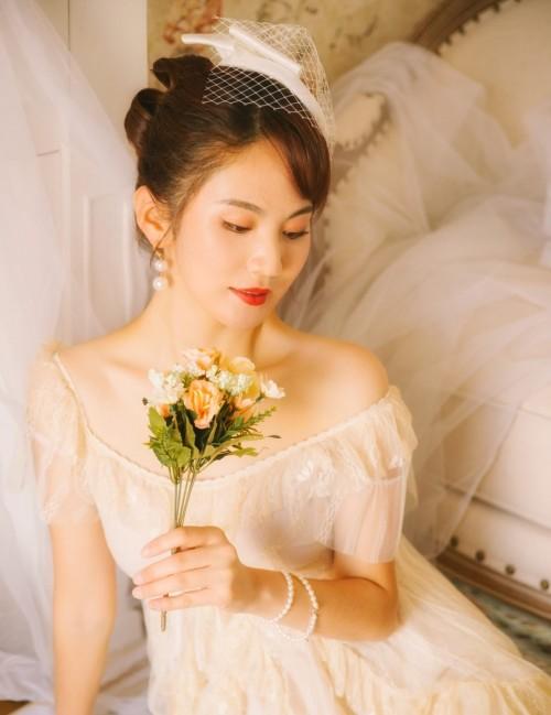 粉嫩巨乳美女模特温心怡情趣制服内衣大瑶大摆豪乳真情诱惑32p