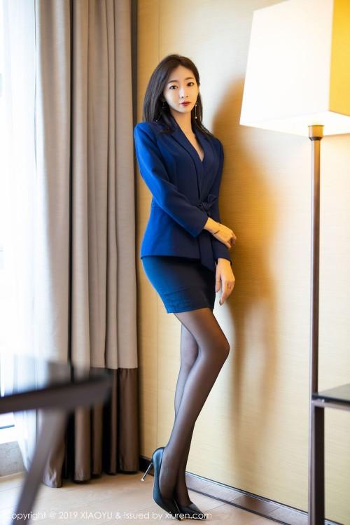 都市丽人安琪黑丝翘臀高跟美腿嫩模超大胆大尺度人体写真