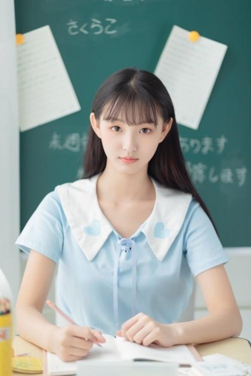 极品正妹西子学生制服丰满身材337p欧洲大胆图片美女人