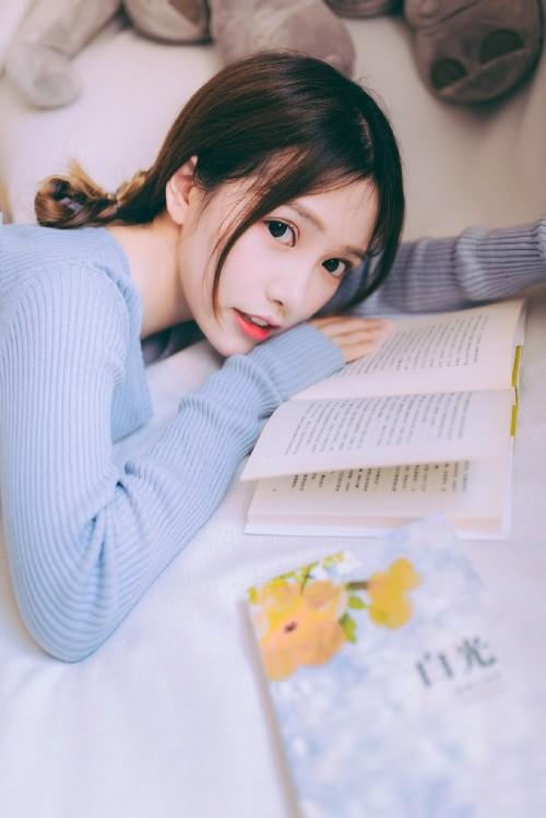 中国内地愤怒嫩模杨佳佳性感妩媚写真6p