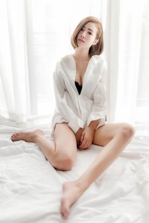 性感火辣的美妙人妻酥胸美乳长腿惹火绝色人体艺术