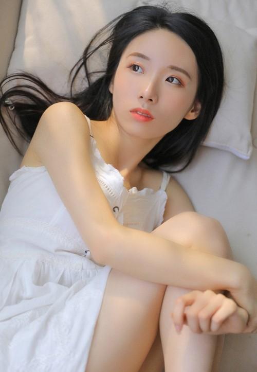 魅力迷人嫩模杨佳佳气质优雅写真10p