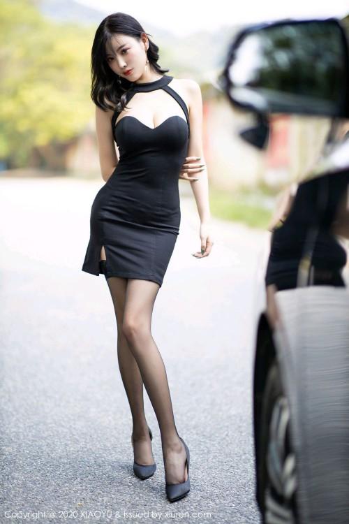 风情熟女杨晨晨黑丝美腿西西人体个人写真