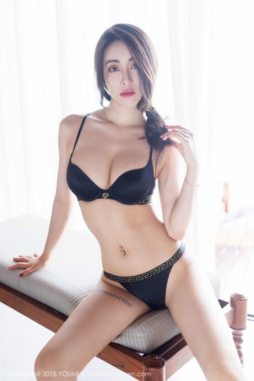 异域美人穆菲菲吊带内衣丰乳肥臀大胆顶级欧美艺术图片