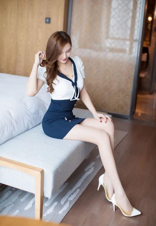 极品美女包臀制服蓝色蕾丝内衣优雅大胆人体艺术写真