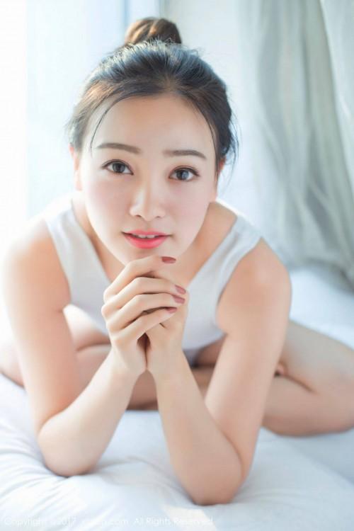 年轻人妻语寒护士制服亚洲捆绑最大最大胆的隐私艺术写真