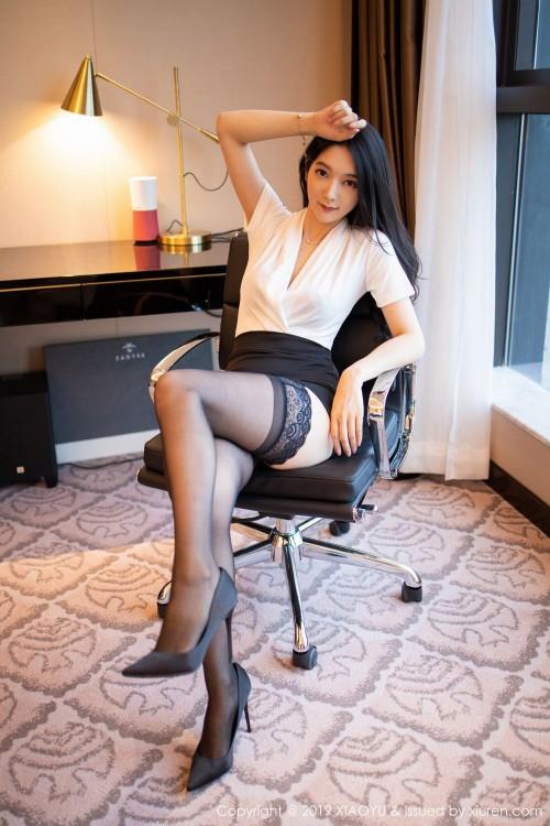 寂寞少妇小热巴开胸露乳装齐b超短裙大胆顶级欧美艺术图片