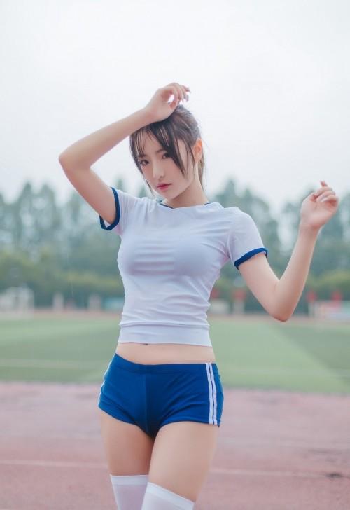 天生尤物绝美好身材丰乳翘臀火辣足球宝贝高清人体艺术照
