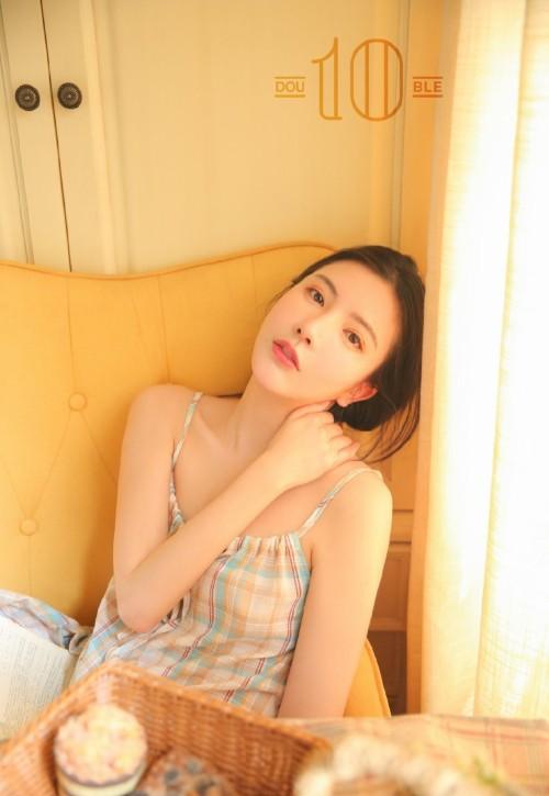 绝色少妇熟女吊带睡衣慵懒性感人体艺术写真-美眉图吧