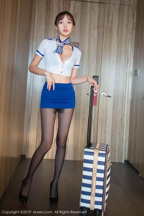 甜心娇妻陆萱萱空姐制服黑丝翘臀西西人体沟沟裸模写真
