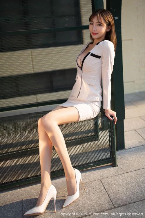 风俗媚娘陆萱萱开胸露乳装齐b超短裙亚洲大胆人休艺术照 border=