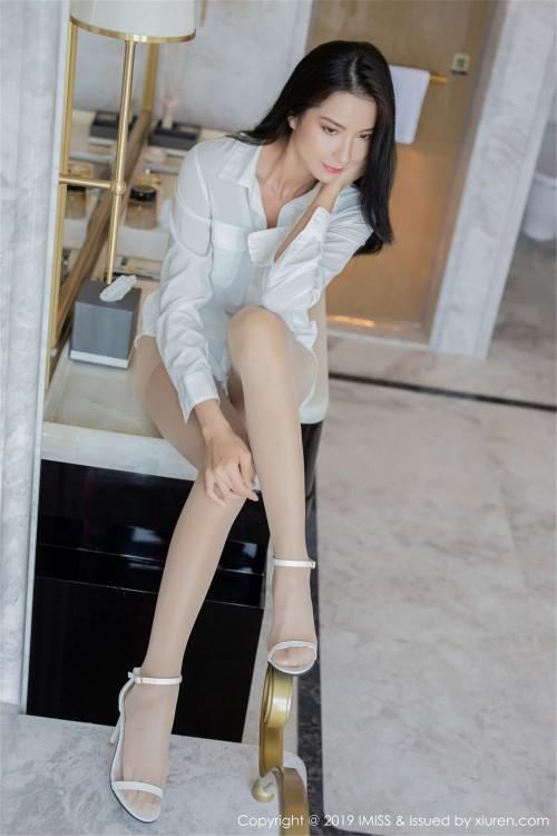 风情熟女carry真空丝袜诱惑韩国美女大胆裸体人体写真 -美眉图吧