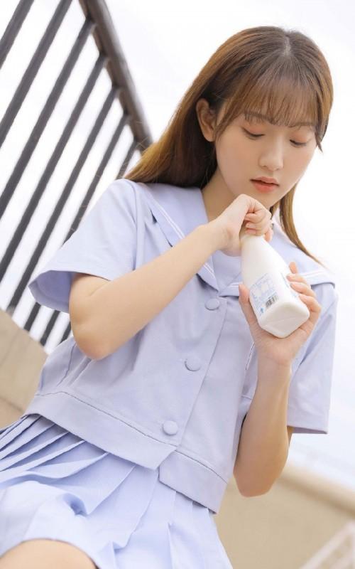 日本校园美女班花制服诱惑人体艺术摄影写真