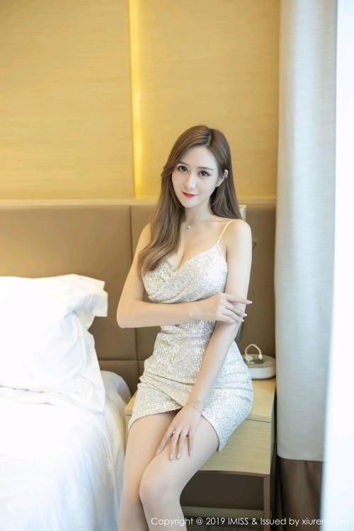 酒店偷欢美妇美腿玉足性感超短裙顶级人体艺术照