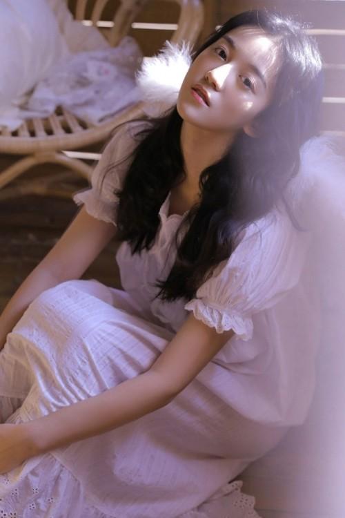 人间天使少女娇羞可爱美女唯美朦胧意境人体艺术写真