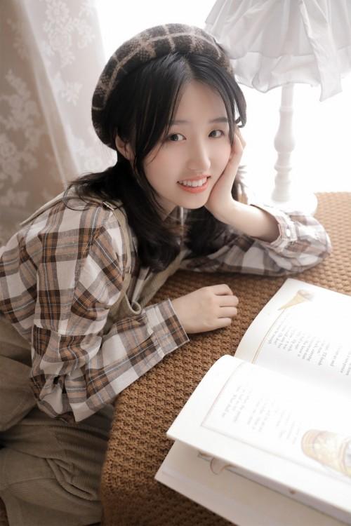 洛丽塔可爱天使少女小清新素颜人体艺术写真图片