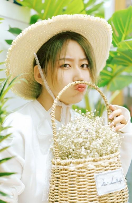 夏日户外素人美女小清新唯美养眼艺术欣赏写真