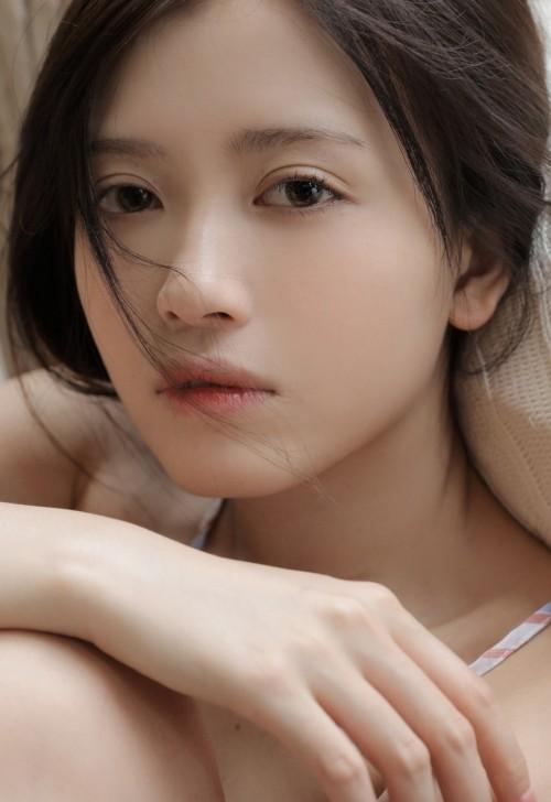 宅男女神妖娆抚媚仪态丰满大胸人体艺术欣赏写真